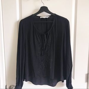 ASTR the Label Black Flowy Blouse with Tie Floral